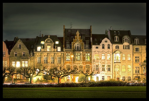 Dusseldorf - Houses at night