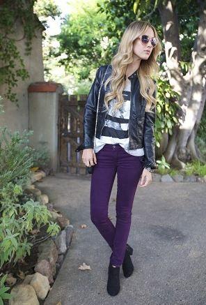 紫・パープルのカラーパンツ着こなしコーデレディース