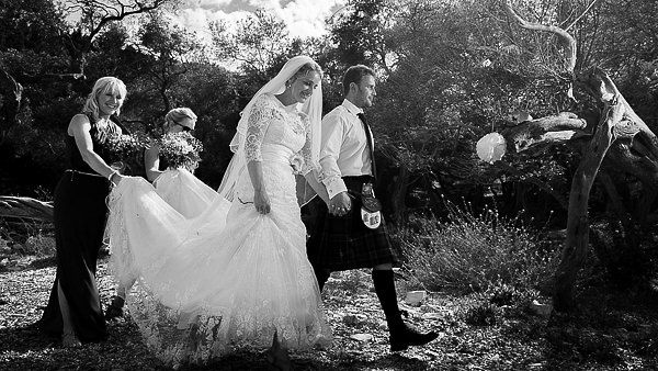 Traditional Scottish Wedding Photography in Greece