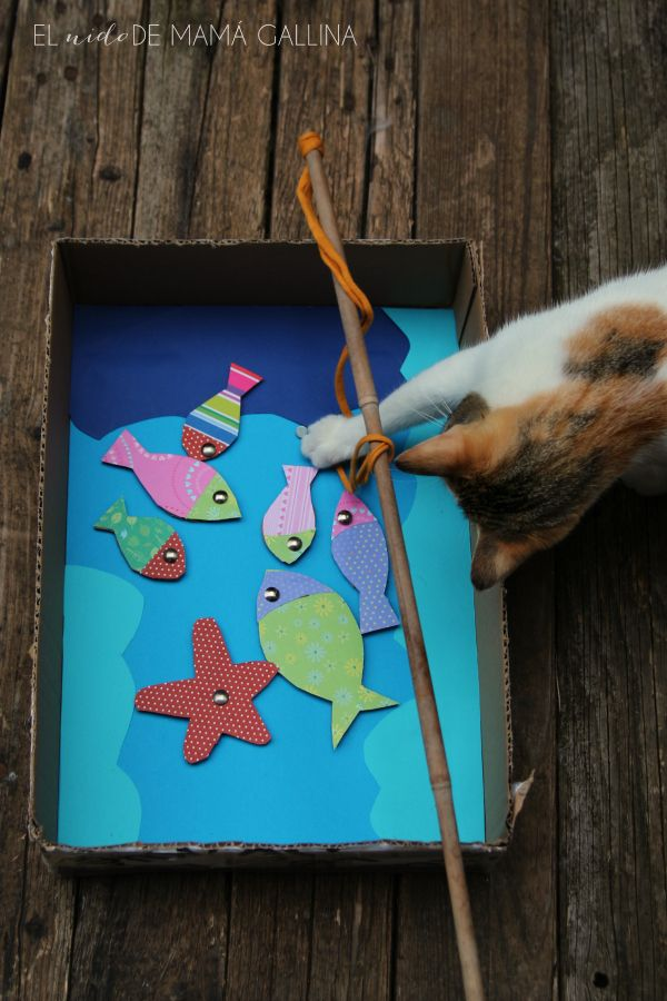 Precioso Diy Para Niños Reciclando Una Caja De Cartón Juegos De Pesca Juegos Con Material Reciclado Reciclado Para Niños