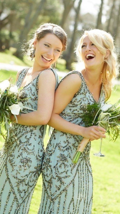 Your bridesmaids will thank you for this color combo. Real wedding with Gatsby d…