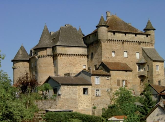Le château de Lacapelle-Marival