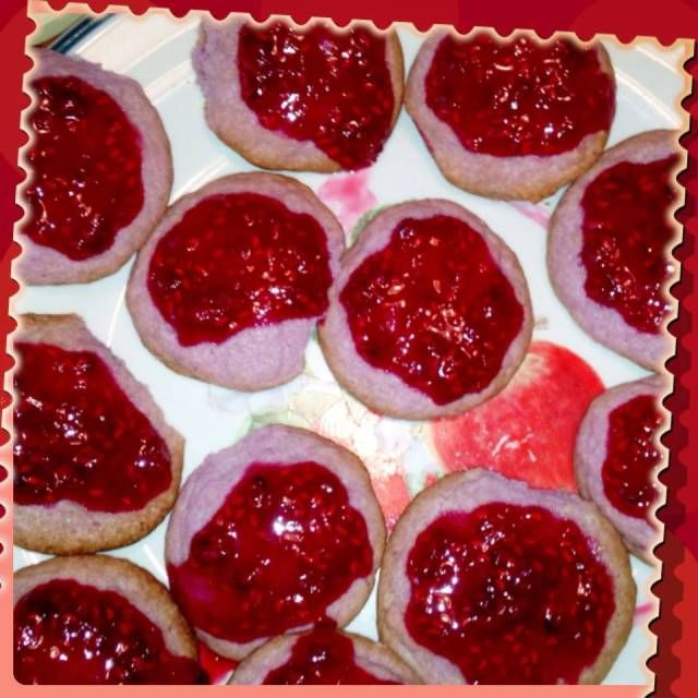 Raspberry Cookies. Visit mommywhatsfordinner.wordpress.com for great family, kid approved recipes. These seriously are out of this world!