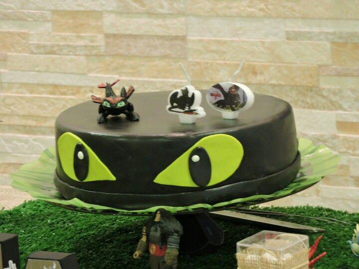 Bolo banguela, toothless cake, how to train your dragon party. Como treinar seu dragão!