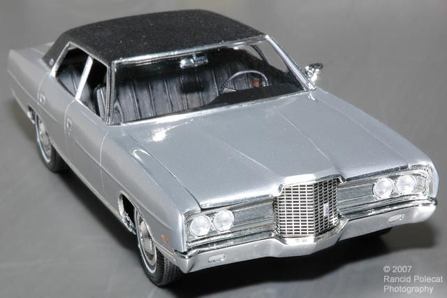 1971 Ford Ltd 1 25th Scale Great Detail Small Scale