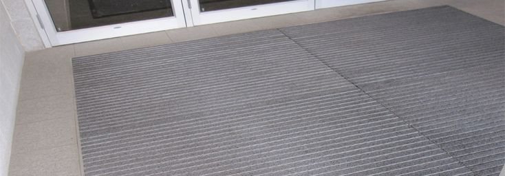Metal Entrance Mat Cleaning | Ronick Entry Matting Systems