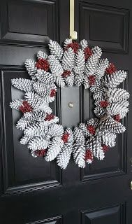 Simple, Elegant Pinecone Wreath...step by step instruction to create this beautiful holiday wreath