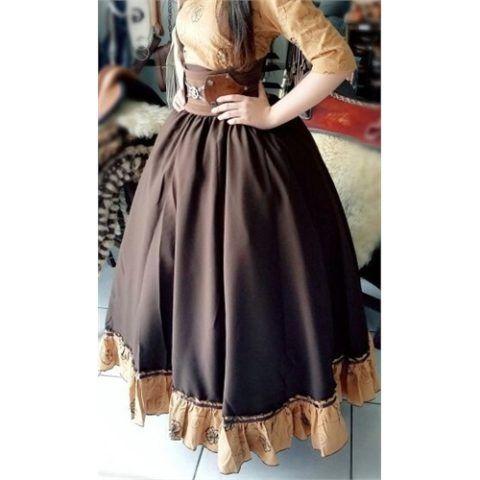 As saias de prenda são peças típicas do estado do Rio Grande do Sul, este Estado que também é rico em outras tradições como as comidas típicas, as músicas,