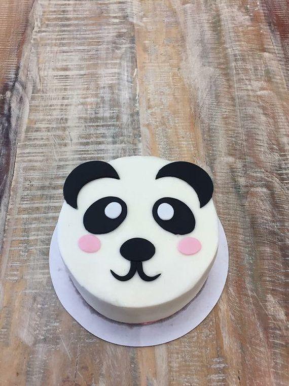 Panda bear fondant cake topper