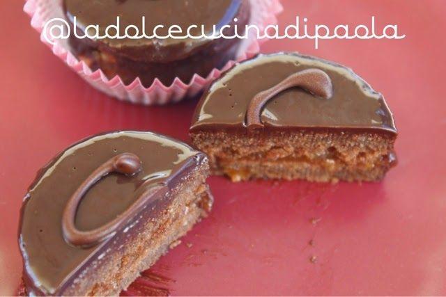 Vienna, patria della Sacher...questo famoso dolce che é un concentrato di cioccolato, dentro e fuori, compresa la scritta!     L'original...