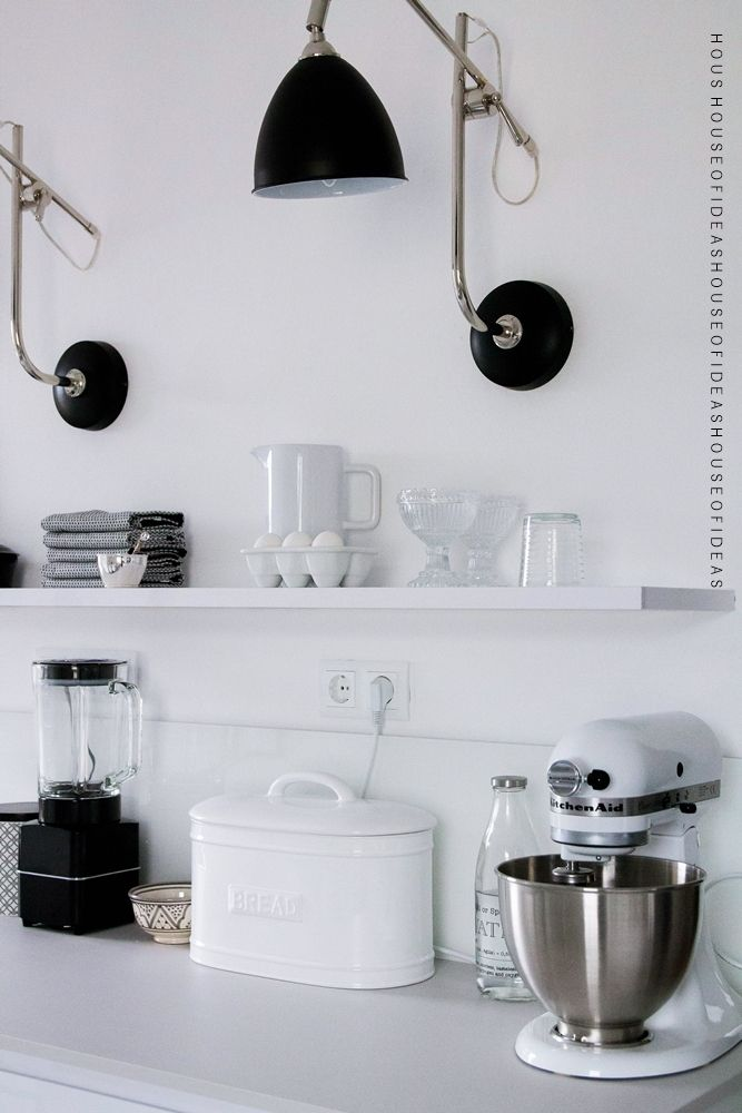 HOUSE of IDEAS White kitchen, kitchen aid, black&white