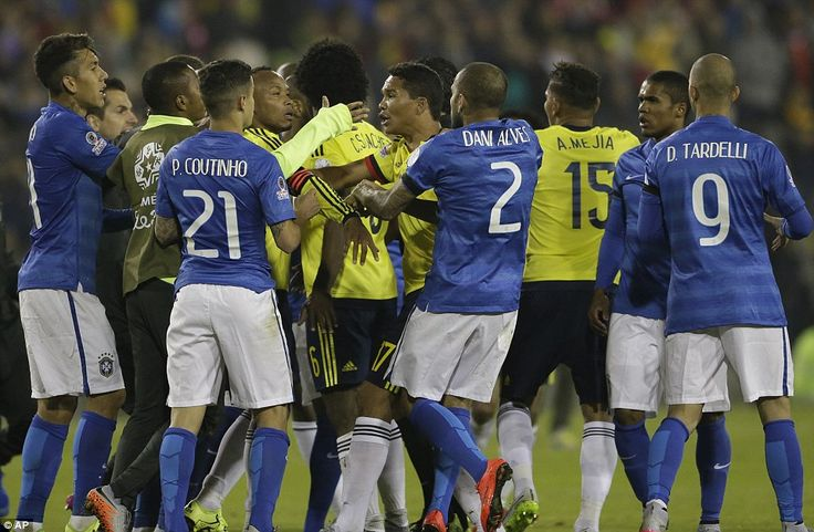 Brasile-Colombia Video: Neymar e Bacca ricevono cartellino rosso a partita finita