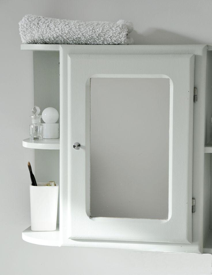 13 best salle de bain images on pinterest bathroom armoires and closets - Armoire de toilette vintage ...