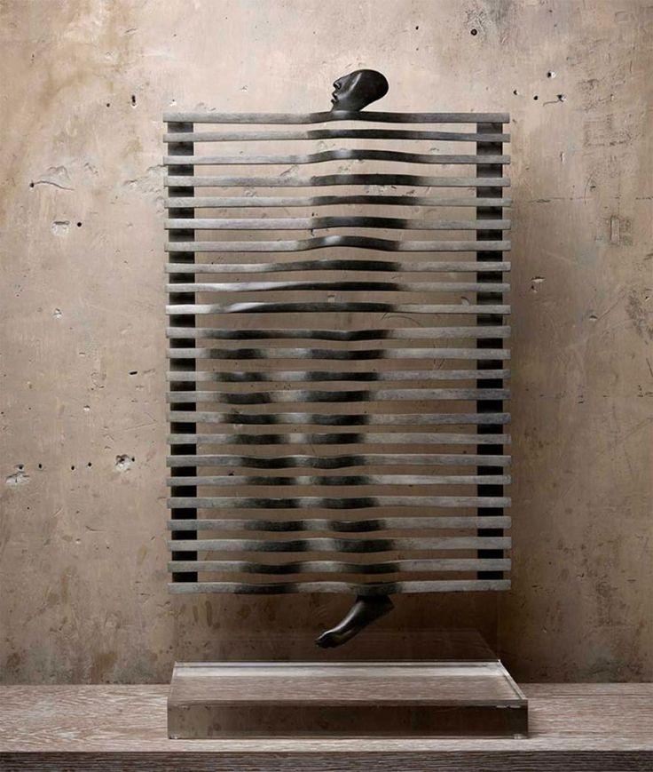 Las singulares figuras humanas de Isabel Miramontes - Esto no es arte