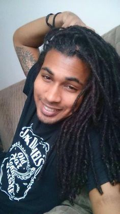 fine guys with dreads always hit my heart^-^