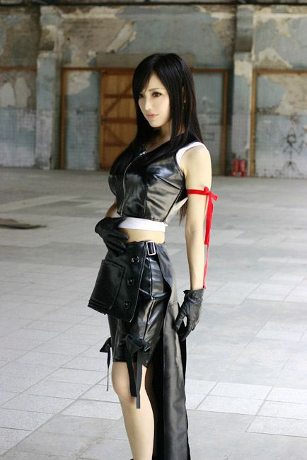 Final Fantasy VII: Advent Children, Tifa cosplay.                                                                                                                                                      Más