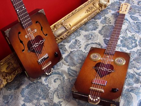 Model:Dolorosa / Daddy Mojo Custom Cigar Box Guitars / ハンドメイド・シガーボックス・ギター