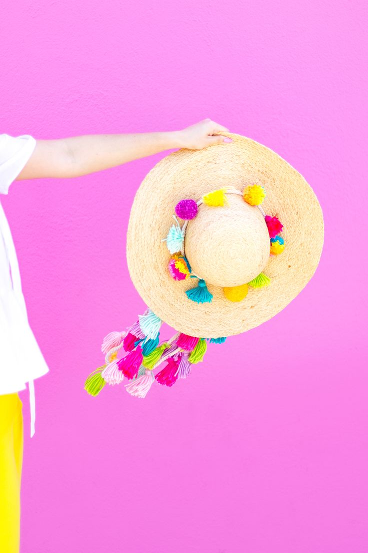 » DIY Summer Hat Tassel Straps
