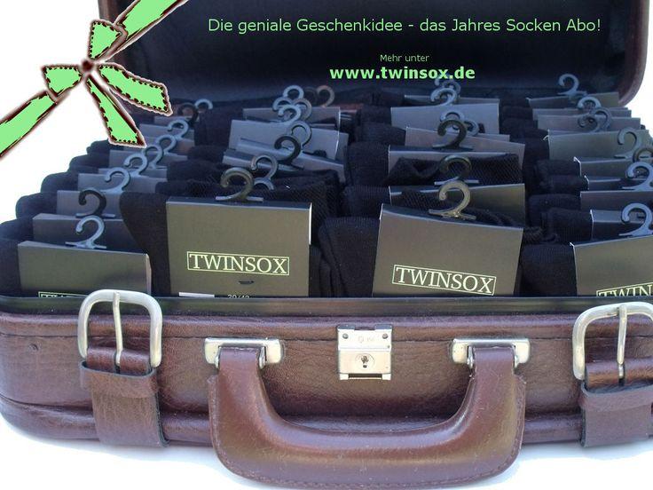 Geschenkideen für Partner, Eltern, Freunde und wunschlos Glückliche. DAS ist DAS perfekte Weihnachtsgeschenk. Verschenken Sie Freude, die 1 Jahr lang währt - mit dem einfachen Socken-Abo von www.twinsox.de! Mehr unter https://www.twinsox.de/warenkorb/gift.php?prokey=200.