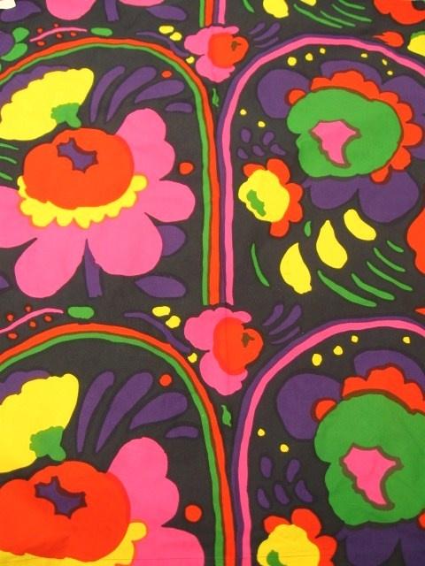 Marimekko vintage fabric 1973 Wakisaka