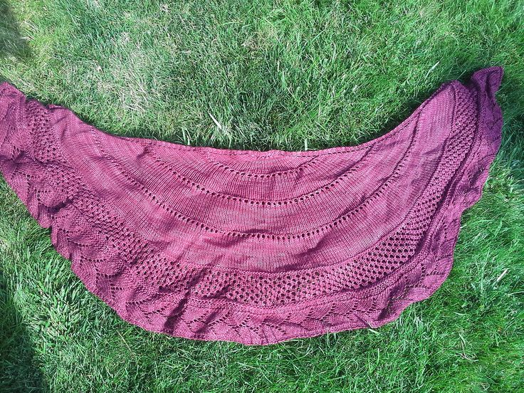 Ravelry: Sprig Of Hope by Robin Wiest