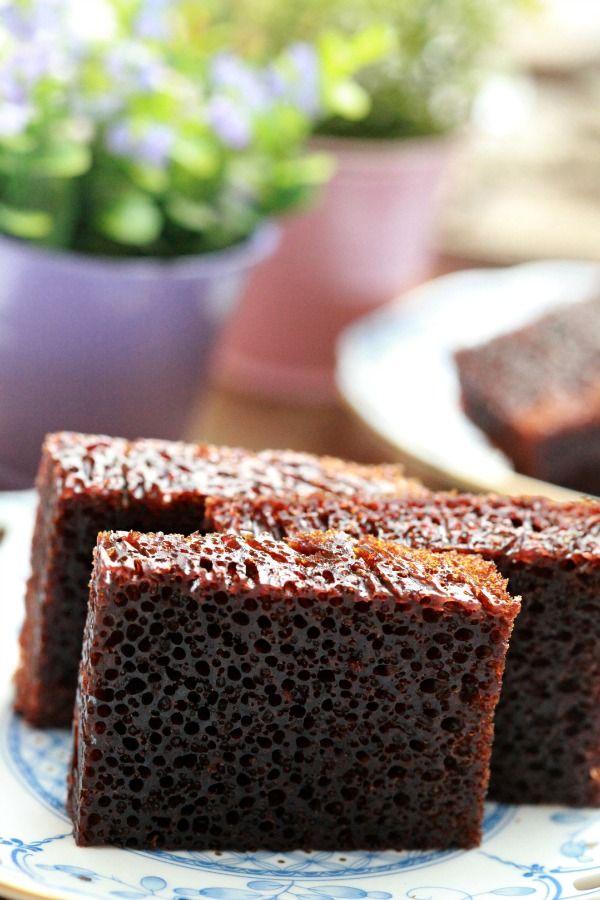 Kek Gula Hangus.. Kek Sarang Semut.. Kek Sarang Lebah adalah kek yang sama.. yang membuatkan hidup ita tak keruan... Ita cukup mengemar...