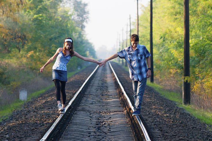 Távkapcsolatok, amelyek kiállják az idő próbáját, és amelyek nem. Miért megy az egyiknek és miért nem a másiknak? Pszichológusok segítenek megérteni ezt.