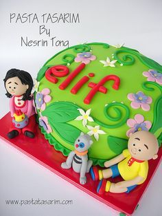 ELIF AND CAILLOU CAKE by CAKE BY NESRİN TONG, via Flickr