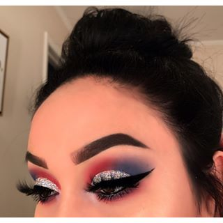 Fourth of July inspired makeup ❤️ @anastasiabeverlyhills pomade in EBONY @m…