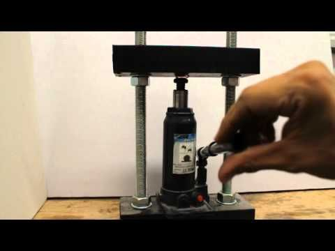 How to make a homemade hydraulic press with a car jack u for Costruire pressa idraulica