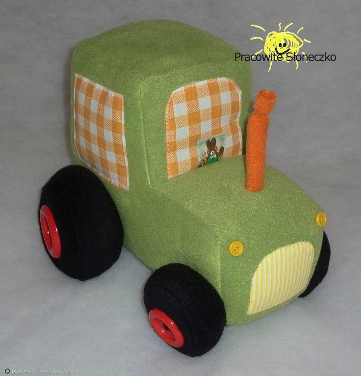 http://pracowite-sloneczko.flog.pl/wpis/6399060/traktor#w