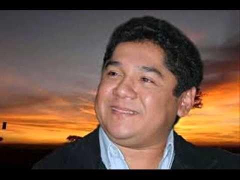 Comparto contigo esta canción estilo venezolano que me ha parecido muy tierna...  Caritas Tristes- Alejandro Rondon