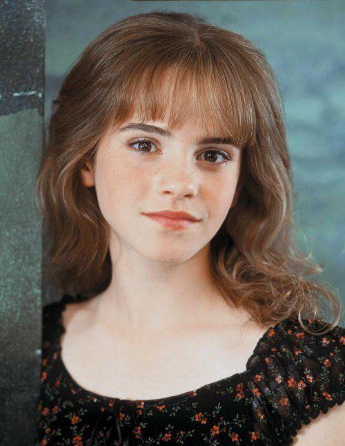 Emma watson 2001 - so cute she looks so mature here.