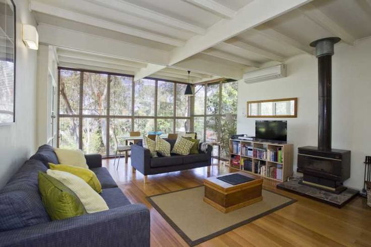 BELVEDERE BY THE BEACH Holiday House Lorne Great Ocean Road Accommodation