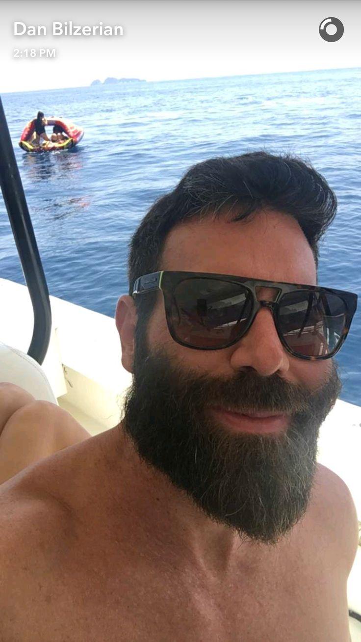 Best Dan Bilzerian Ideas On Pinterest Dan Bilzerian - Look life dan bilzerian one successful poker players ever