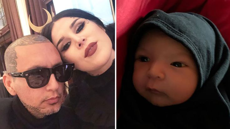 Makeup Mogul Kat Von D Asked A Stranger For Breast Milk -3277
