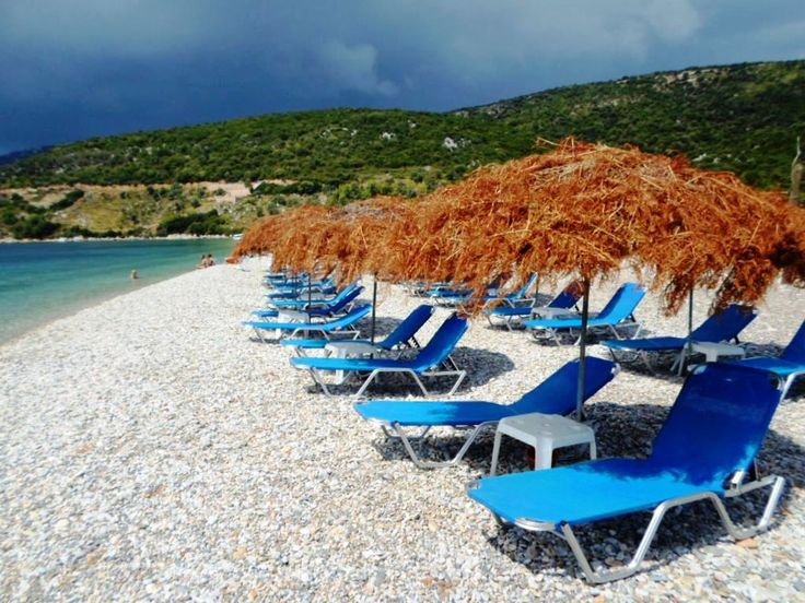 Either Alonnisos or Alonissos, if you live inItaly, Germany or Belgium, now Ryan makes it easier (and cheaper!) than ever to access the island flying directly to Volos and taking the ferry that will get you to the Sporades' island complex. Here's a list we compiled after visiting the island this August.