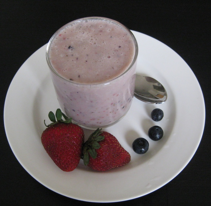 Mixed berry smoothie : )