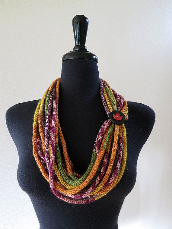 Black Golden Color Statement Peter Pan Style by KnitsomeStudio