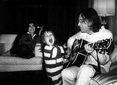 De pai para filho: 5 músicas que são declarações de amor