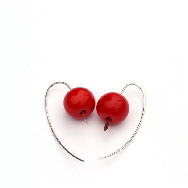 Glass and silver earrings by Marianna Márton http://www.magma.hu/muveszek.php?id=95