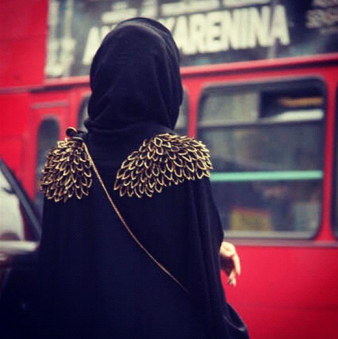 McQueen Abaya