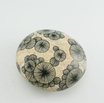 yoran morvant :: pierres graphiques 2011 :: drawings on stones ::