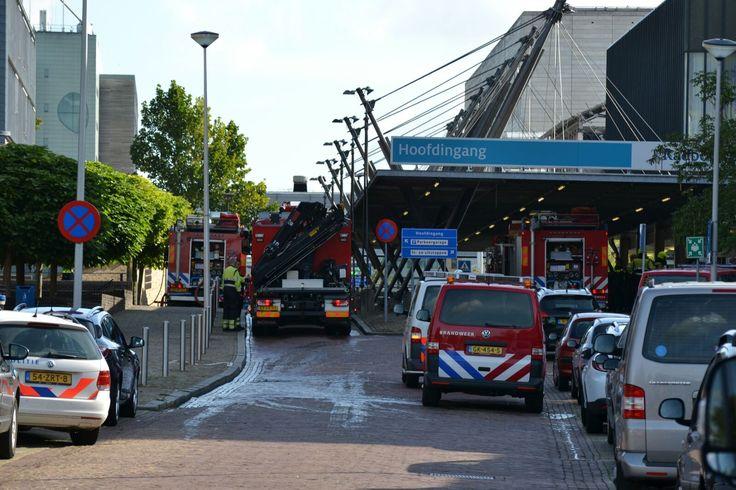 Brand bij hoofdingang Radboudumc in Nijmegen - De Gelderlander