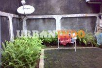 Dijual rumah di Tulodong Bawah Kebayoran Baru Jakarta Selatan. Luas tanah : 340 m2/ Luas Bangunan: 152 m2  Sertifikat Hak Milik Ada 5 kamar tidur + 2 kamar mandi dan 2 gudang Lokasi dekat CBD Sudirman dan Jalan Senopati Hub : 085287624228  Aziz