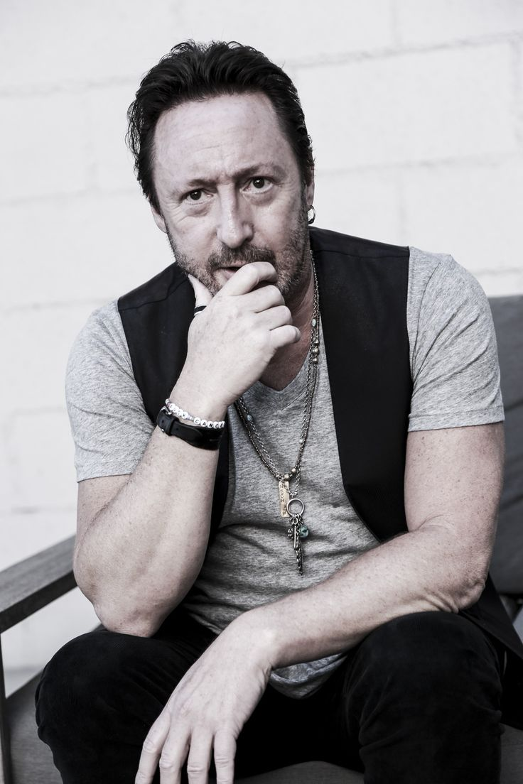 Julian Lennon, Photographer, Shows his Craft in Los Angeles