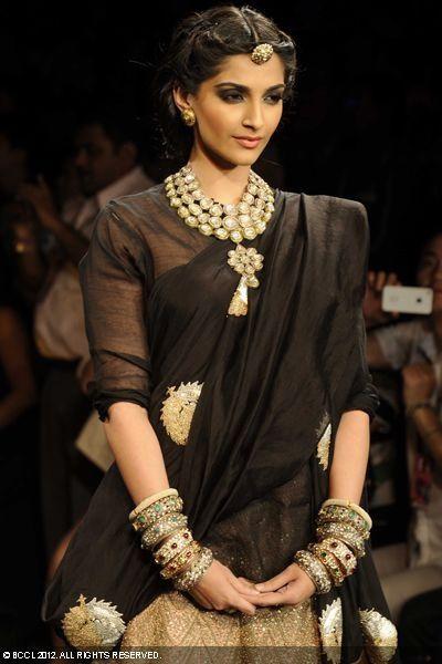 167 Sonam Kapoor at India International Jewellery Week (IIJW)in Mumbai..