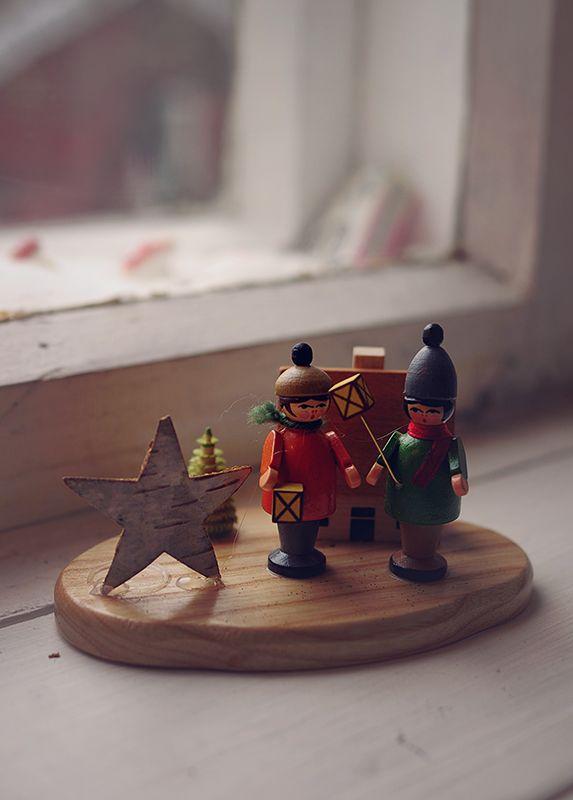 Det finns ännu lite julstämning hemma hos oss – bra att ha såna här regniga dagar!