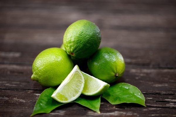 How To Tell If Limes Are Ripe With Images Lime Water Benefits