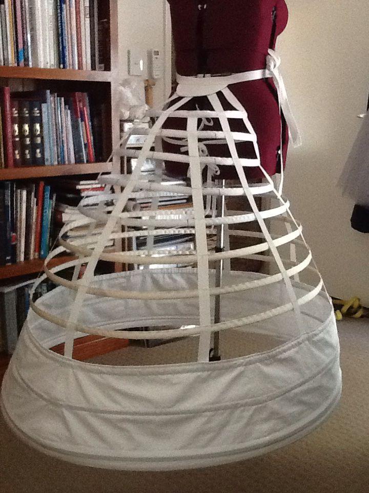 Jan 2015. Elliptical cage crinoline